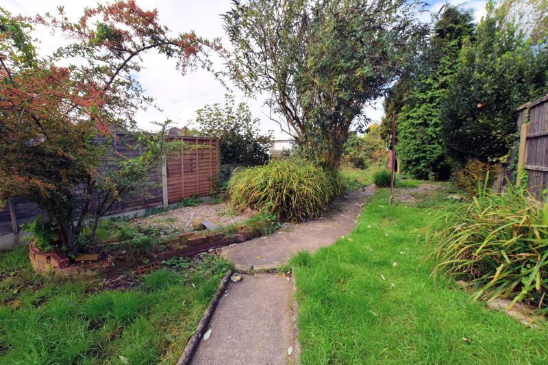 3 bed house for sale in White Road  - Property Image 17