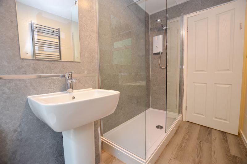 2 bed flat to rent in Oakthorpe Gardens 4