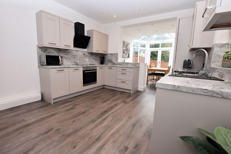 2 bed house for sale in High Street 4