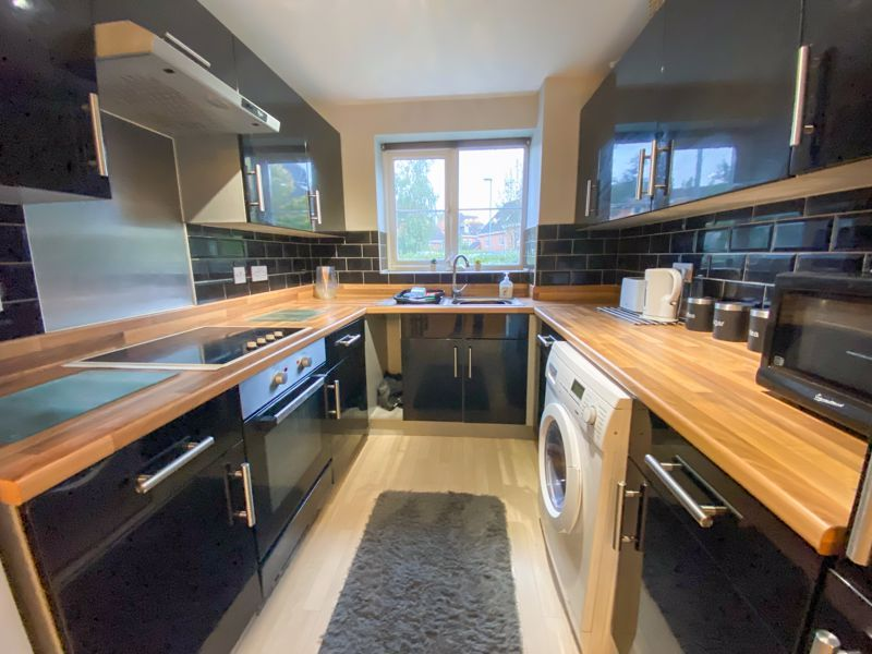 2 bed flat for sale in Moor Street  - Property Image 2
