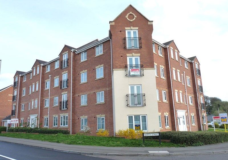 2 bed flat for sale in Moor Street  - Property Image 3