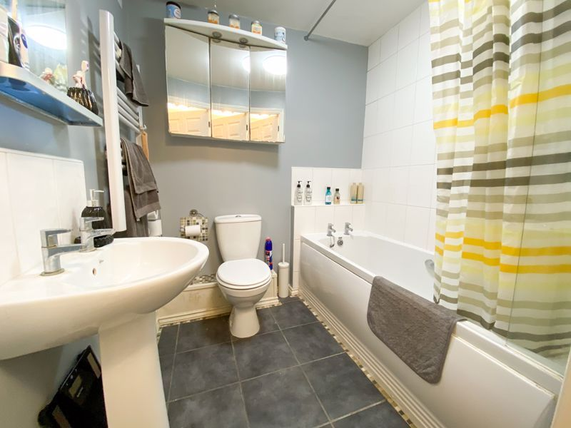 2 bed flat for sale in Moor Street  - Property Image 6