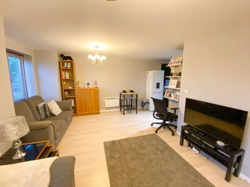 2 bed flat for sale in Moor Street 8