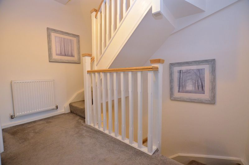 4 bed house for sale in Evered Close 14