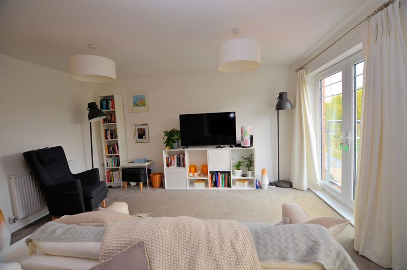 4 bed house for sale in Evered Close 17
