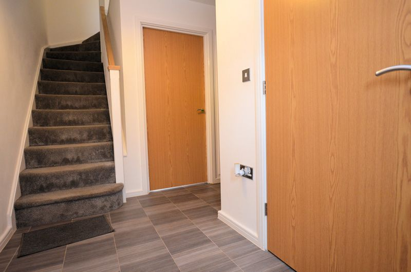 4 bed house for sale in Evered Close 18