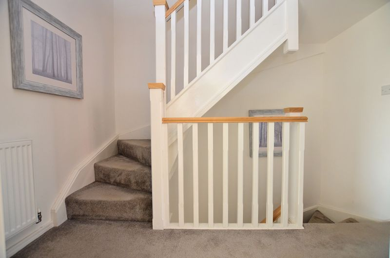 4 bed house for sale in Evered Close 22