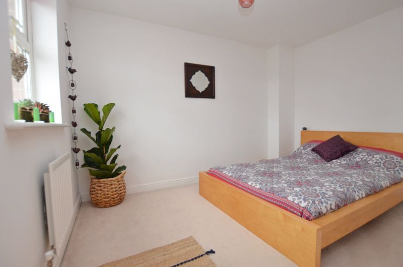 3 bed house for sale in Princes Way 11