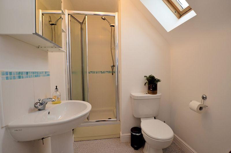 3 bed house for sale in Princes Way 6