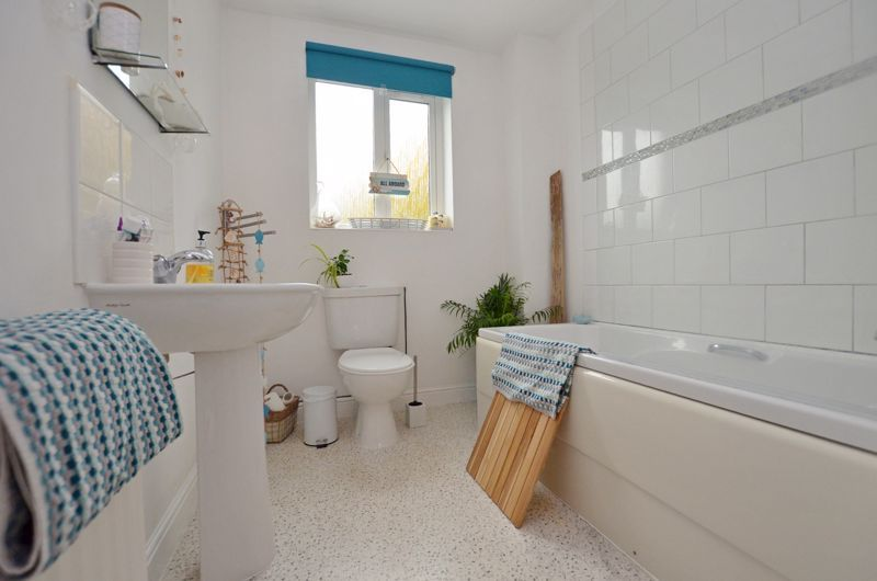 3 bed house for sale in Princes Way  - Property Image 8