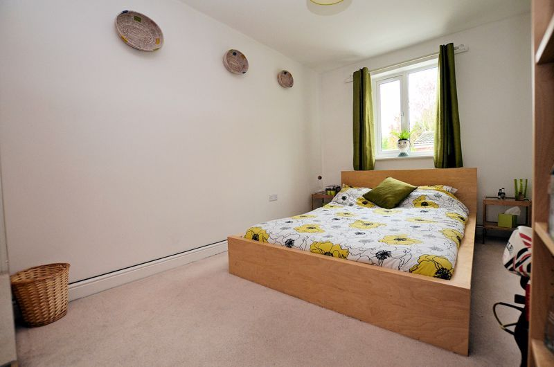 3 bed house for sale in Princes Way  - Property Image 9