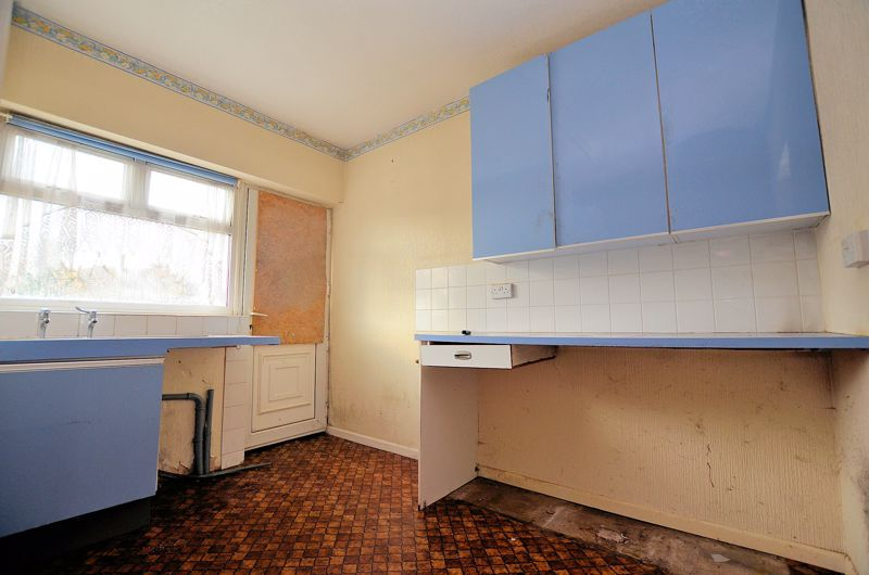 3 bed house for sale in Hillbrow Crescent  - Property Image 5