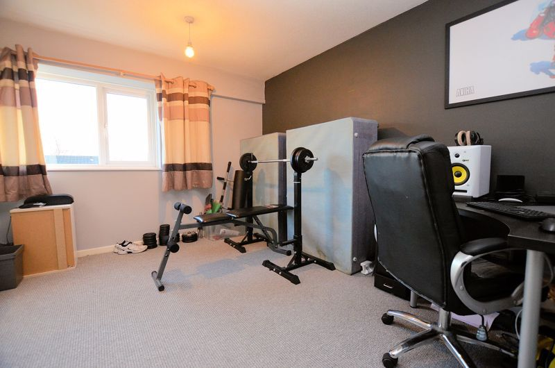 2 bed house for sale in Highfield Lane 6