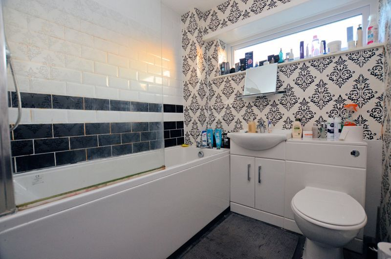 2 bed house for sale in Highfield Lane  - Property Image 7