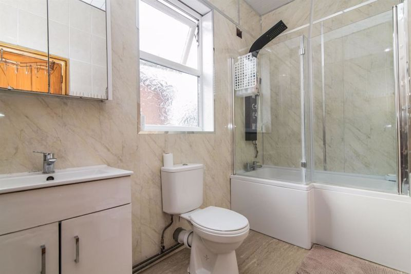 3 bed house for sale in Paignton Road 4