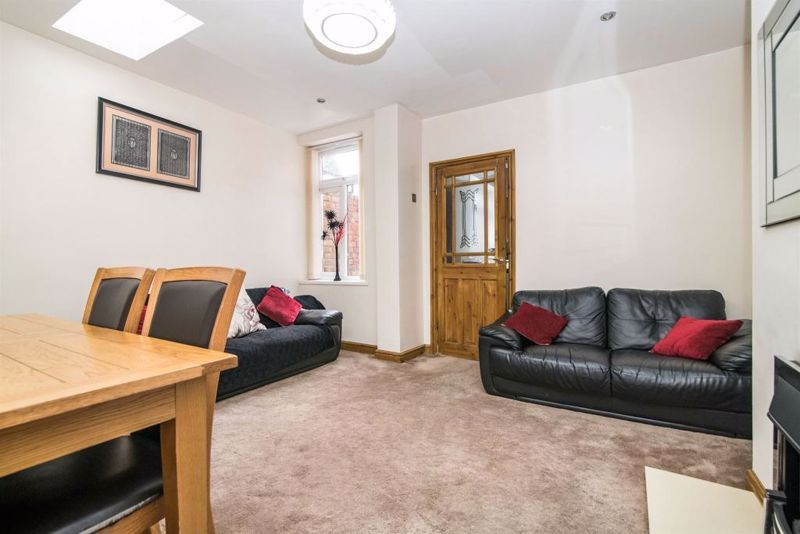 3 bed house for sale in Paignton Road 5