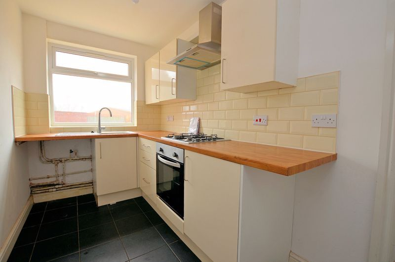 3 bed house for sale in Upper Meadow Road 4