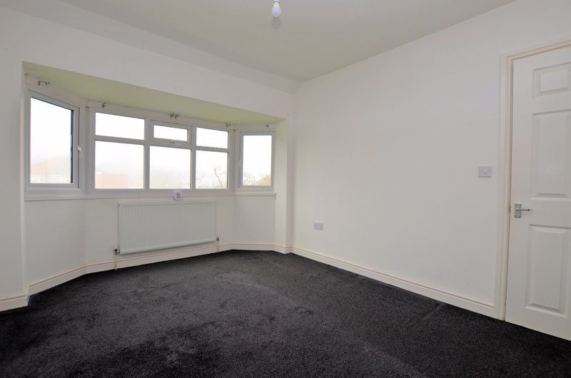 3 bed house for sale in Upper Meadow Road 6