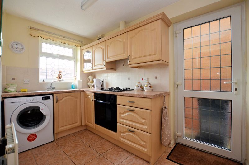 2 bed bungalow for sale in The Constables  - Property Image 3
