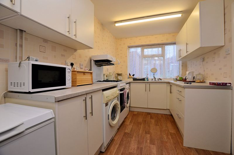 2 bed house for sale in Worlds End Lane  - Property Image 11