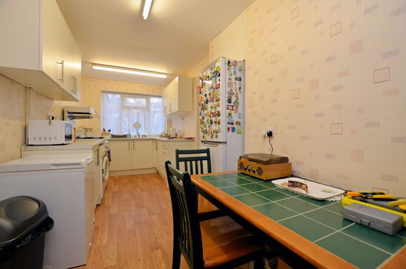 2 bed house for sale in Worlds End Lane 3