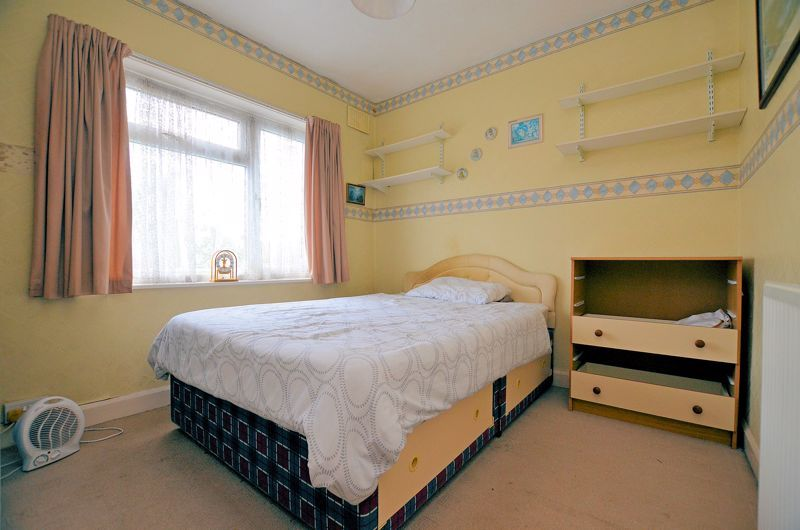 2 bed house for sale in Worlds End Lane 6
