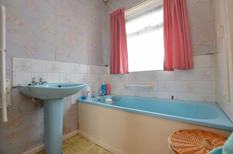 2 bed house for sale in Worlds End Lane 7