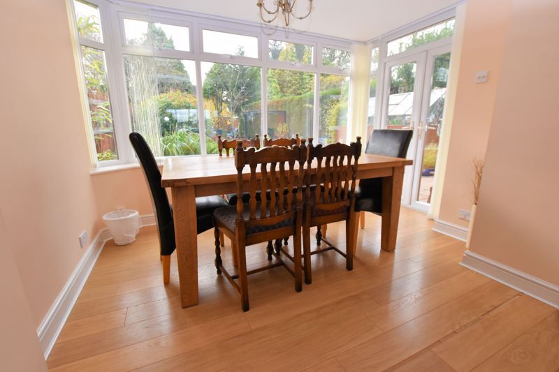 4 bed house for sale in Carters Lane 11