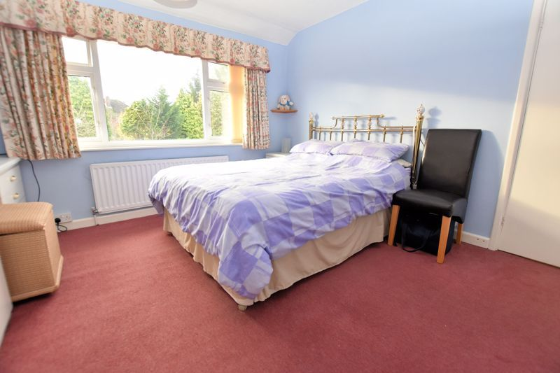 4 bed house for sale in Carters Lane 17