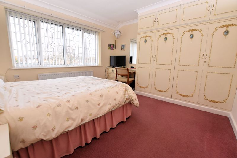 4 bed house for sale in Carters Lane 20