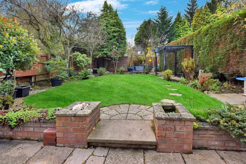 4 bed house for sale in Carters Lane 27