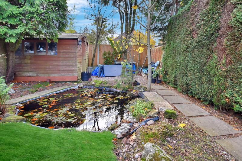 4 bed house for sale in Carters Lane 28