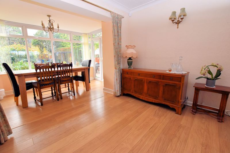 4 bed house for sale in Carters Lane 10