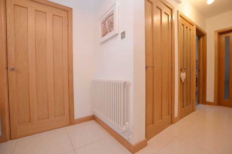 4 bed house for sale in Shire Close  - Property Image 11