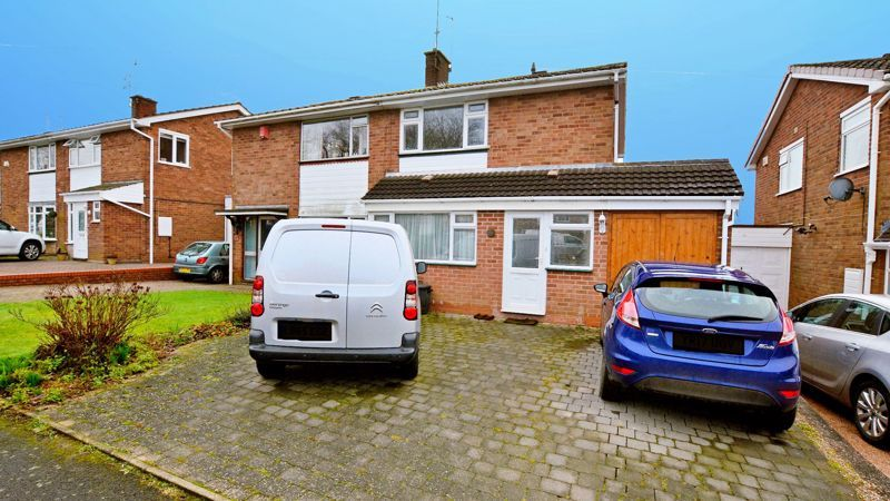 3 bed house for sale in Ashville Drive, B63