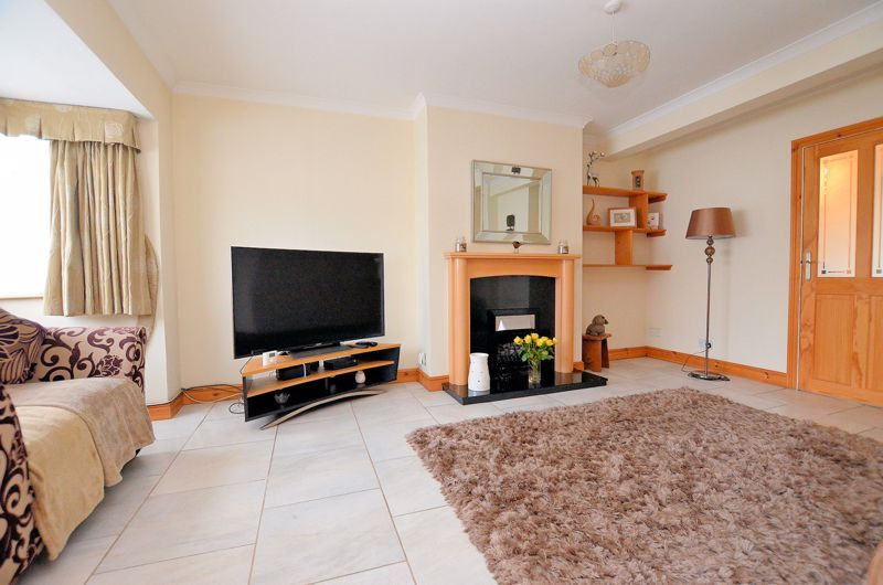3 bed house for sale in Ashville Drive  - Property Image 3