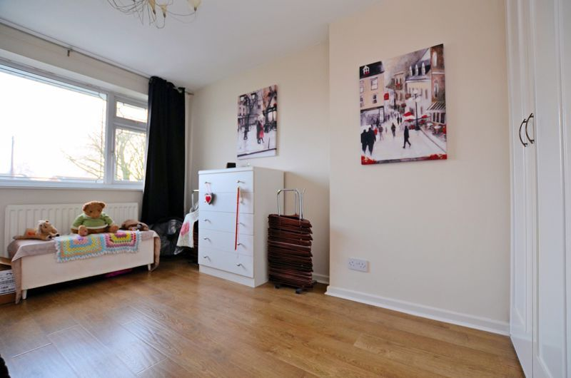 3 bed house for sale in Ashville Drive  - Property Image 5