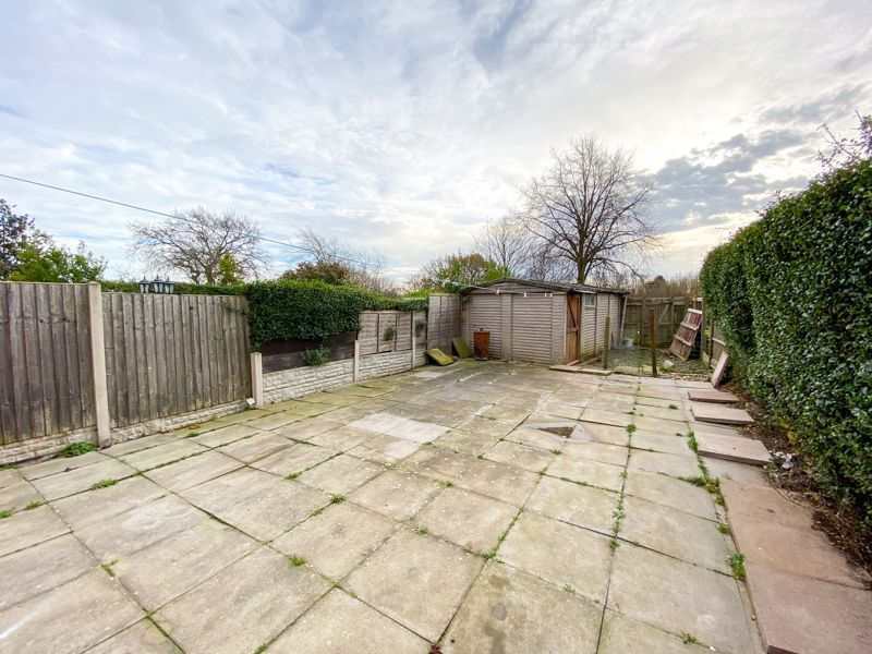 3 bed house to rent in Mayswood Grove 12