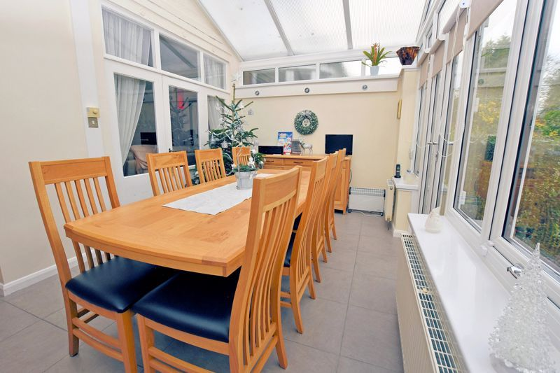 4 bed house for sale in Goodrest Avenue 11