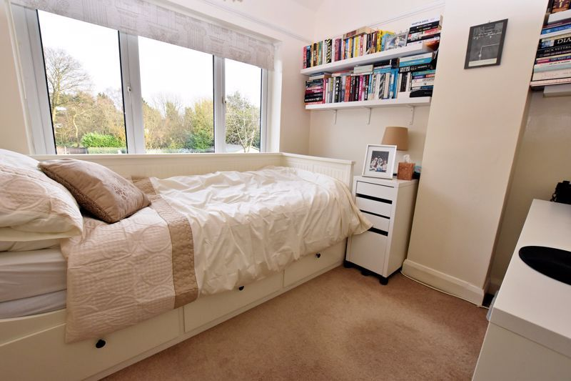 4 bed house for sale in Goodrest Avenue 18