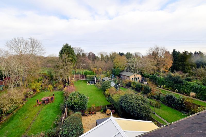 4 bed house for sale in Goodrest Avenue  - Property Image 7