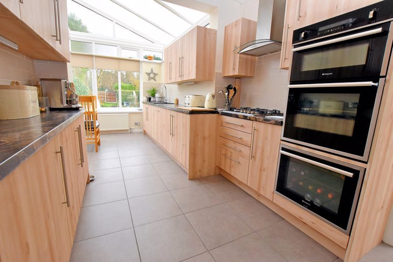 4 bed house for sale in Goodrest Avenue 9