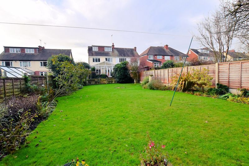 4 bed house for sale in Goodrest Avenue  - Property Image 10