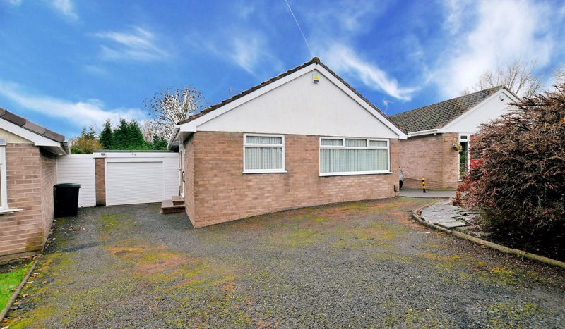 2 bed bungalow for sale in Middlefield Avenue, B62