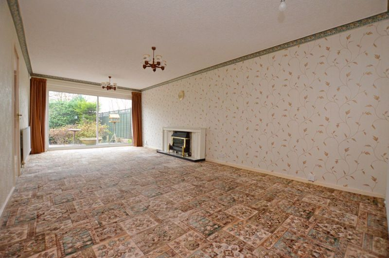 2 bed bungalow for sale in Middlefield Avenue  - Property Image 2