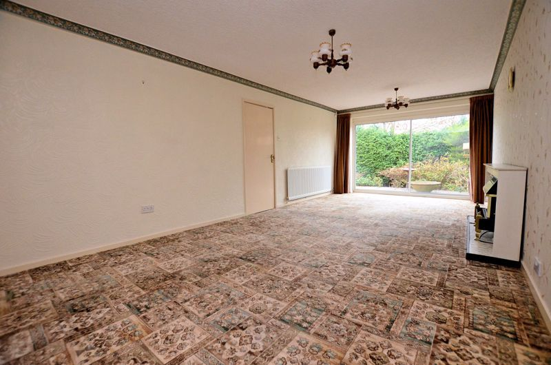 2 bed bungalow for sale in Middlefield Avenue  - Property Image 11