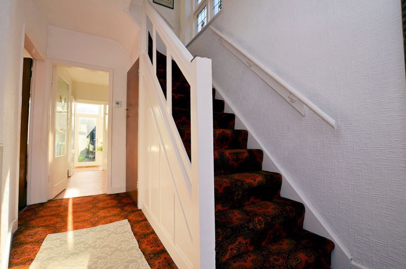 3 bed house for sale in Grayswood Park Road 12
