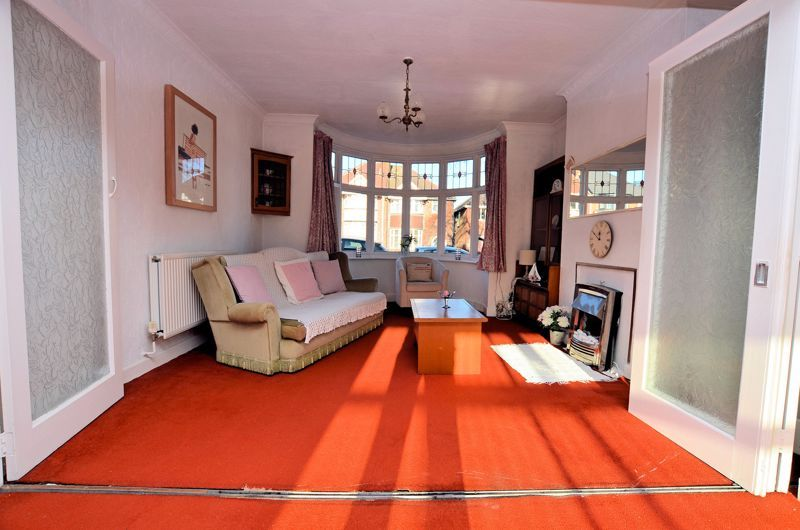 3 bed house for sale in Grayswood Park Road 15