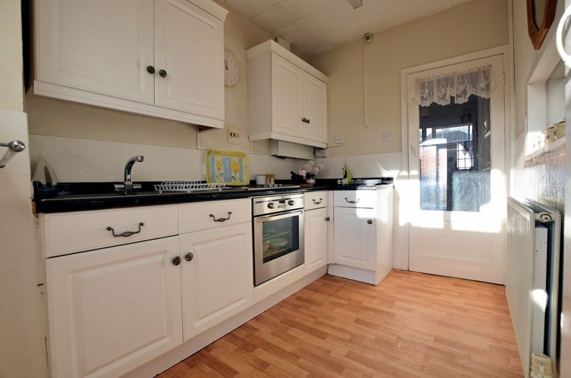 3 bed house for sale in Grayswood Park Road  - Property Image 16