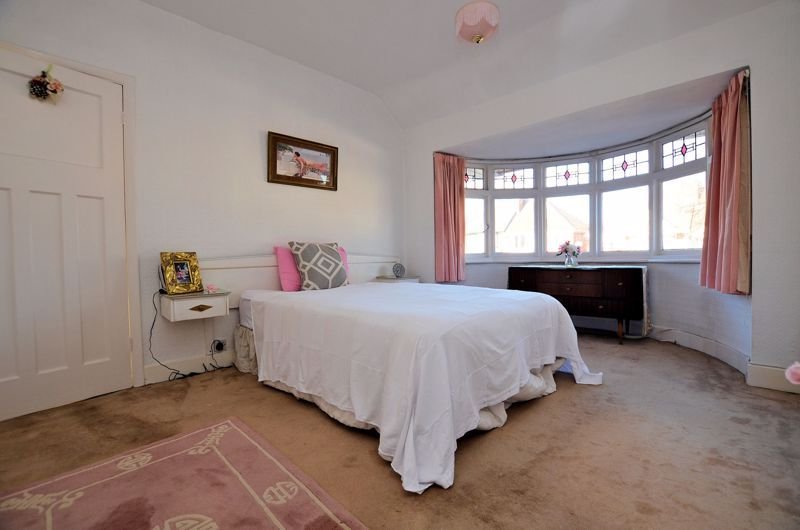 3 bed house for sale in Grayswood Park Road  - Property Image 17